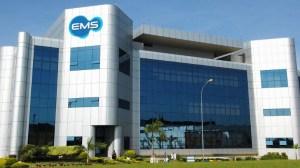 O EMS é obrigado a estender o seguro saúde aos cônjuges dos trabalhadores – diariamente