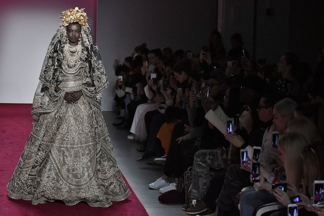 New York Fashion Week Highlights Designers Of Color Emcee