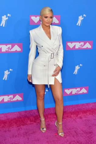 kylie-jenner-attends-2018-mtv-video-music-awards-mtv-vma-2018-at-radio-city-music-hall-in-new-york-city-200818_6