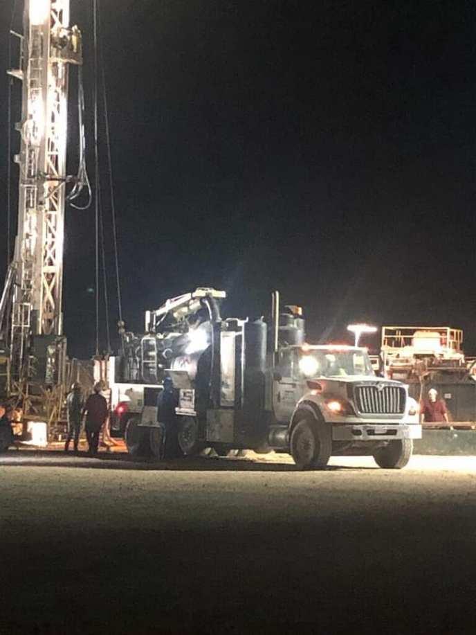 nightitime hydro excavator