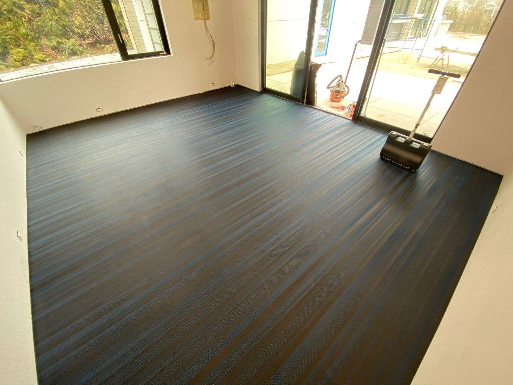 Vinyl gym flooring installation