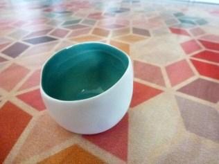 relooking-pot-ceramique-peinture-feutres-posca-noir-diy (7)