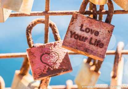 Love Locks - Love Your Life