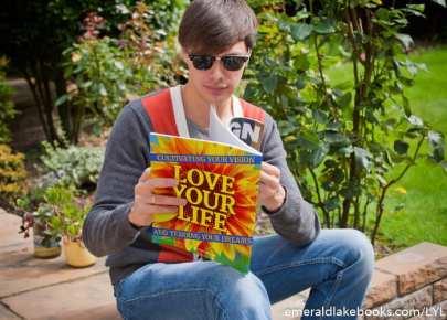 Magazine - Love Your Life