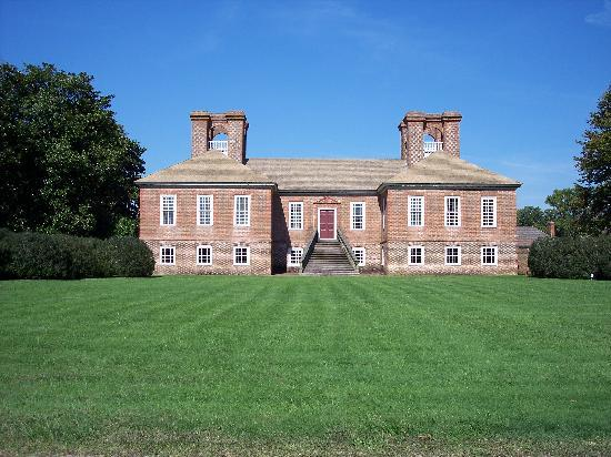 Stratford Hall, home of the Lee family from the 17th through early 19th centuries (courtesy of TripAdvisor)