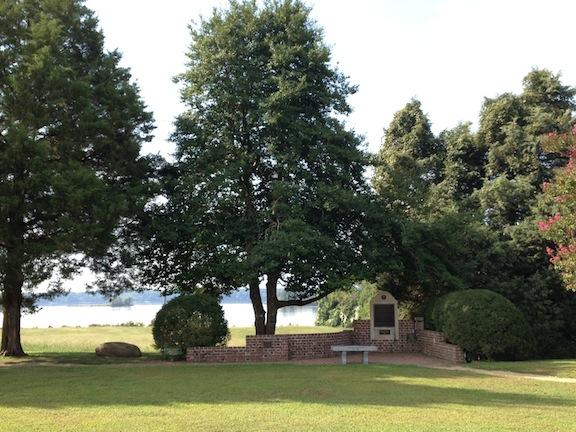 Taps Monument-landscape