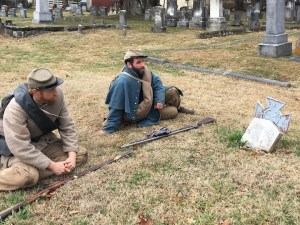 reenactors-at-unknown-confederate-grave