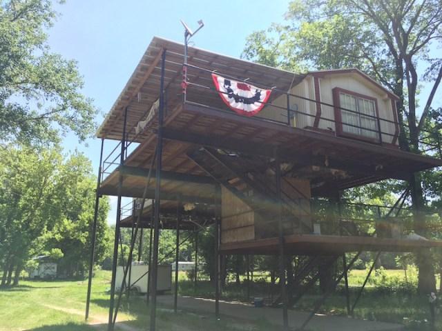 Grand Gulf House on Stilts