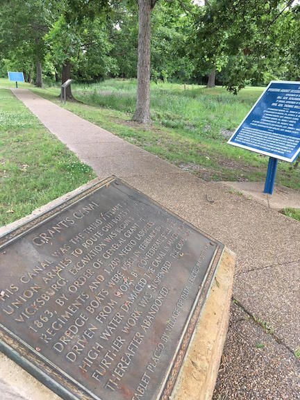 Grant's Canal markers