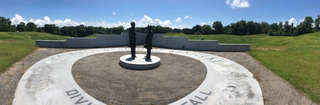 Kentucky Monument panorama