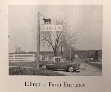 Fox House Entrance 1955.jpg