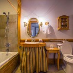 Bathroom in the accessible East Bedroom at the Red Horse Inn