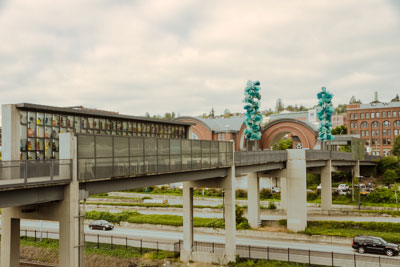 Photo of the Chihuly Bridge from the Museum of Glass side