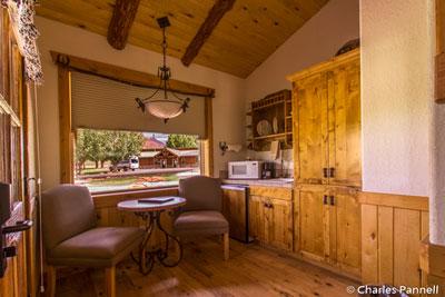 Kitchen in suite B6