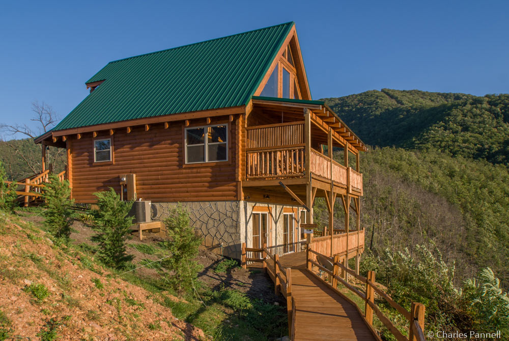 Looking for Large Pigeon Forge Cabin