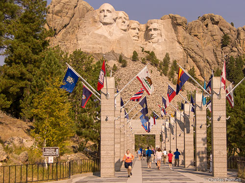 Photo of Mount Rushmore viewed from the Avenue of the Flags
