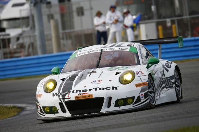 Porsche 911 GT3 R, Alex Job Racing David MacNeil, Cooper MacNeil, Leh Keen, Shane van Gisbergen, Gunnar Jeannette