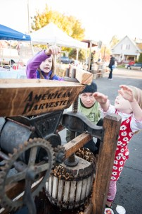 The cider press — so simple even a child could use it!