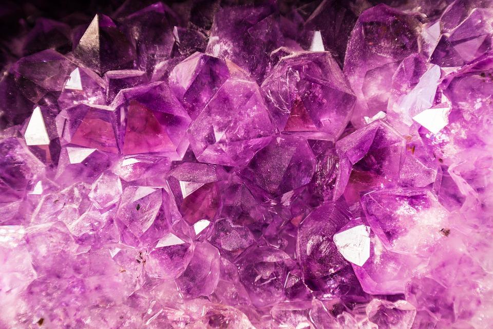 Amethyst-healing-stone
