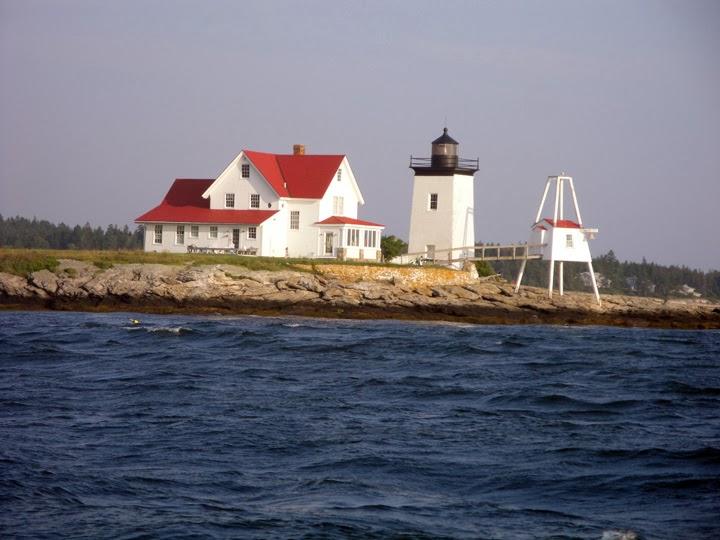 Lighthouse010_HedricksHead