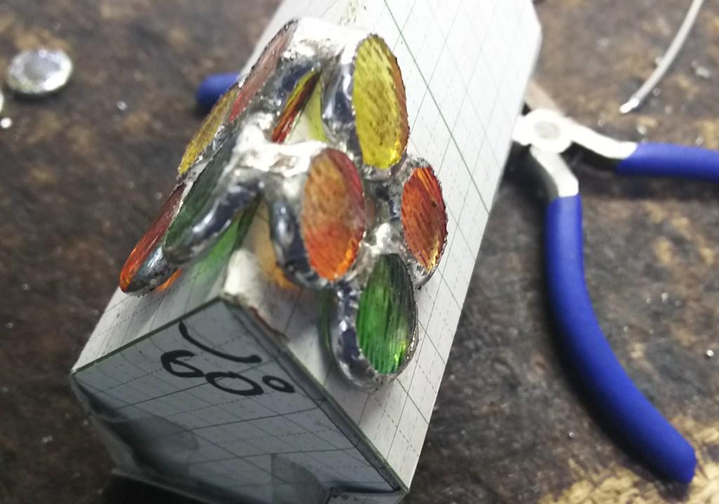 ステンドグラス製秋のスカーフリング