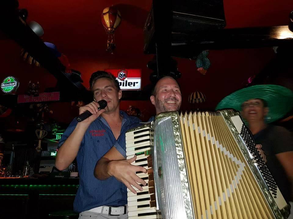 De Fraja Hut: café - bar in de Cita met de allerleukste horeca ondernemers