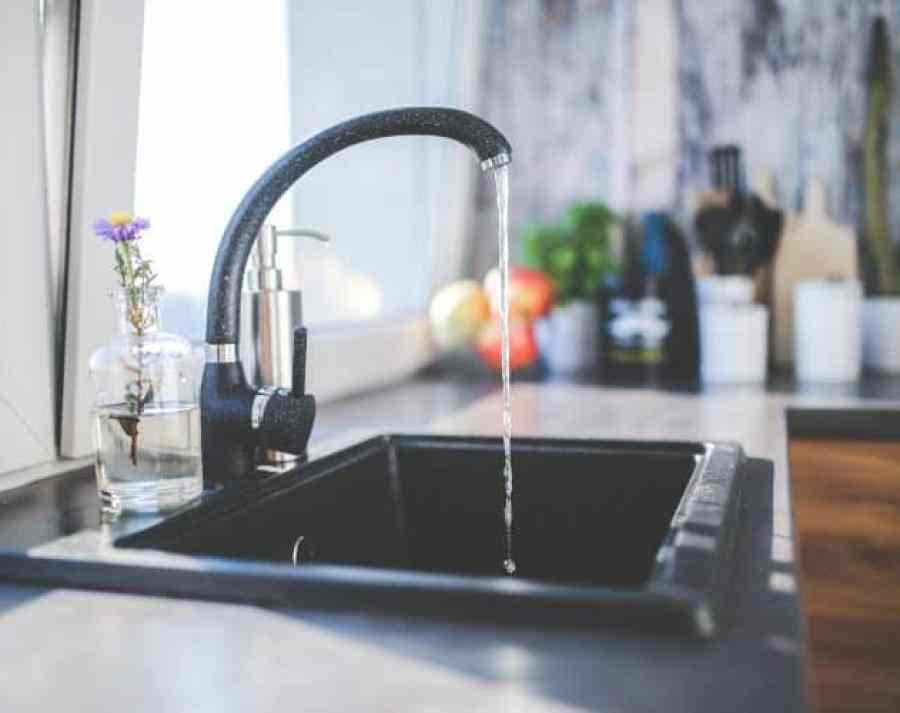 Checklist huis huren in Gran Canaria - 10 vragen die je moet stellen - Checklist - Wat zijn de kosten van water en elektriciteit? Waterkraan