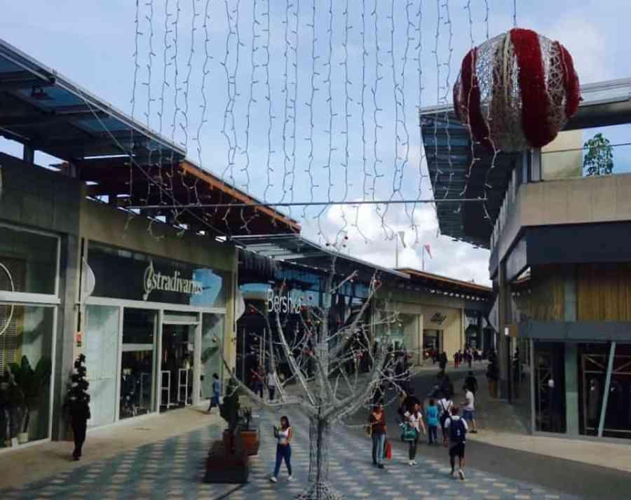 Emigreren Gran Canaria - Winkelcentrum Alisios op Gran Canaria - Winkelen tijdens kerst - Winkelen op Gran Canaria