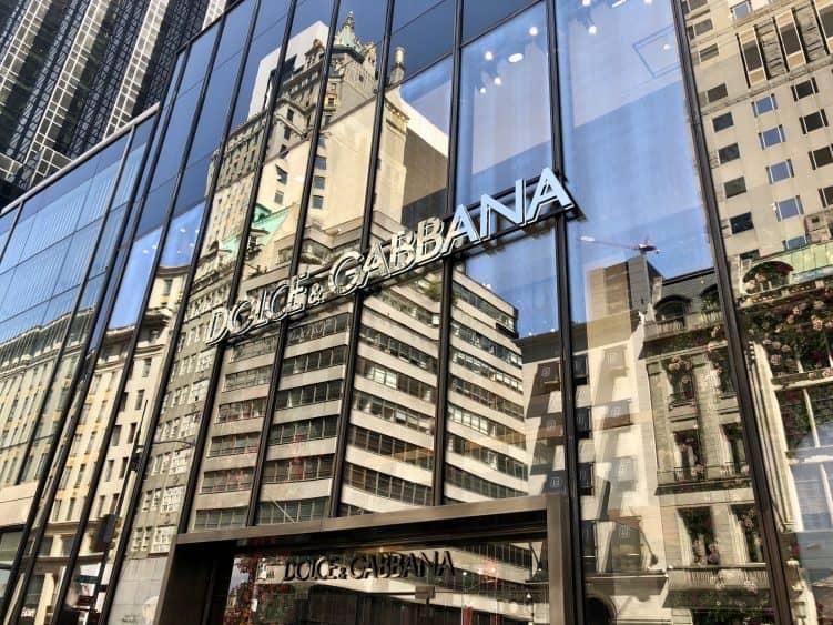 Emigreren Gran Canaria - Reisverslag - Hoogtepunten van New York – Amerika trip deel 1 - Fifth Avenue Dolce & Gabbana 5th Avenue