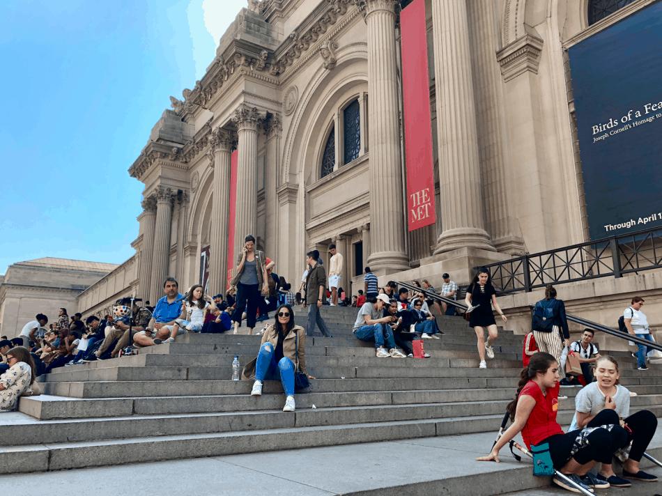 Emigreren Gran Canaria - Reisverslag - Hoogtepunten van New York City – Amerika trip deel 2 - The MET steps Melissa