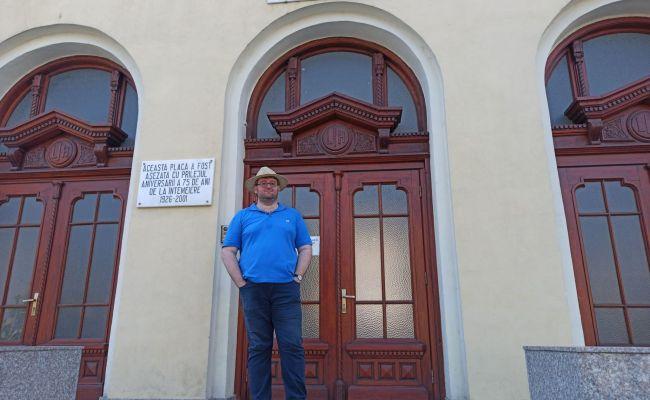 Emil Calinescu Cladirea Liceului Iulia Hasdeu