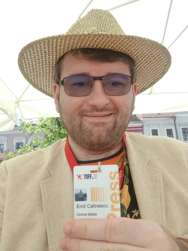 Emil Calinescu poza cu badge-ul tiff 2019