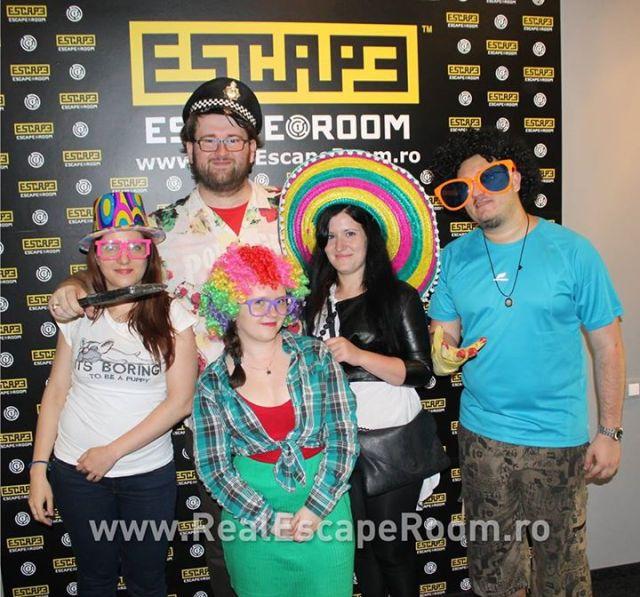 Echipa HotBloggers. Pana acum doar Raluca a scris despre experienta asiatica :)