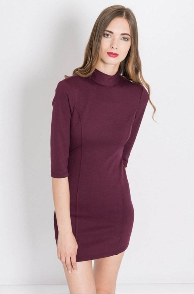 Habar n-am ce culoare este cu exactitate aceasta rochie. Stiu doar ca e destul de eleganta, destul de sexy si potrivita pentru multe ocazii. Poza este luata de pe site-ul answear.ro (acesta este produsul)