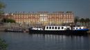 magna-carta-boat