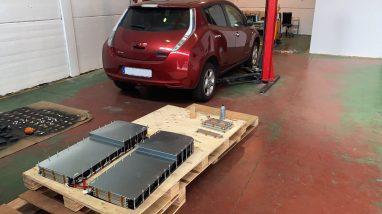 Montando nueva batería 64 kWh