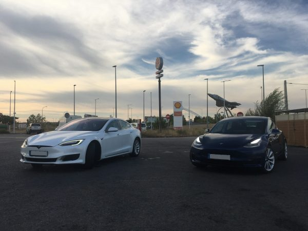 Tesla Model 3 LR RWD vs Tesla Model S 75