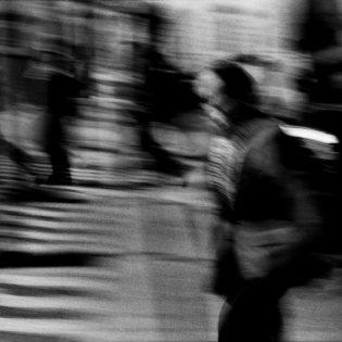 People Everywhere, Everyone's Alone 27
