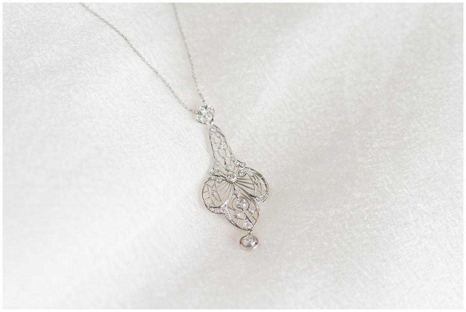heirloom-wedding-necklace-photo
