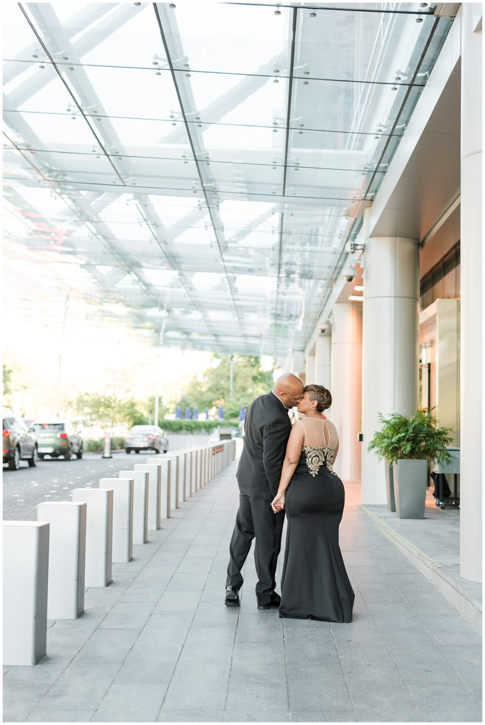 marriott-marquis-hotel-proposal-engagement-photos-dc-wedding-photographer-photo-32.jpg