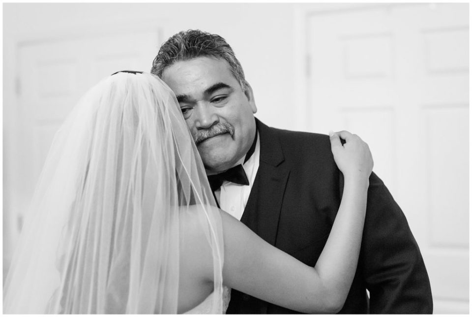 father daughter first look Alexandria va wedding photo