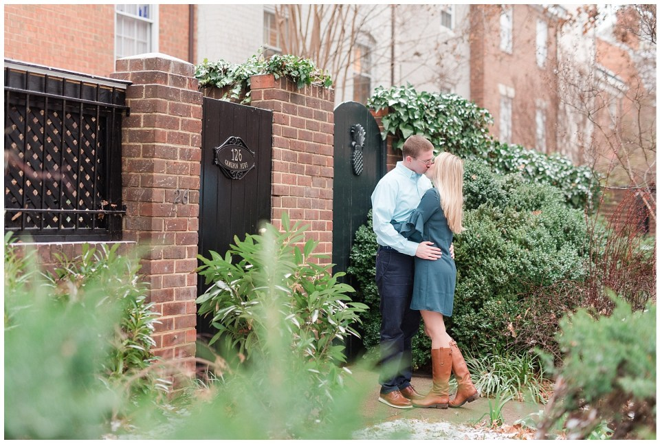 old-town-alexandria-wedding-winter-engagement-photos.jpg