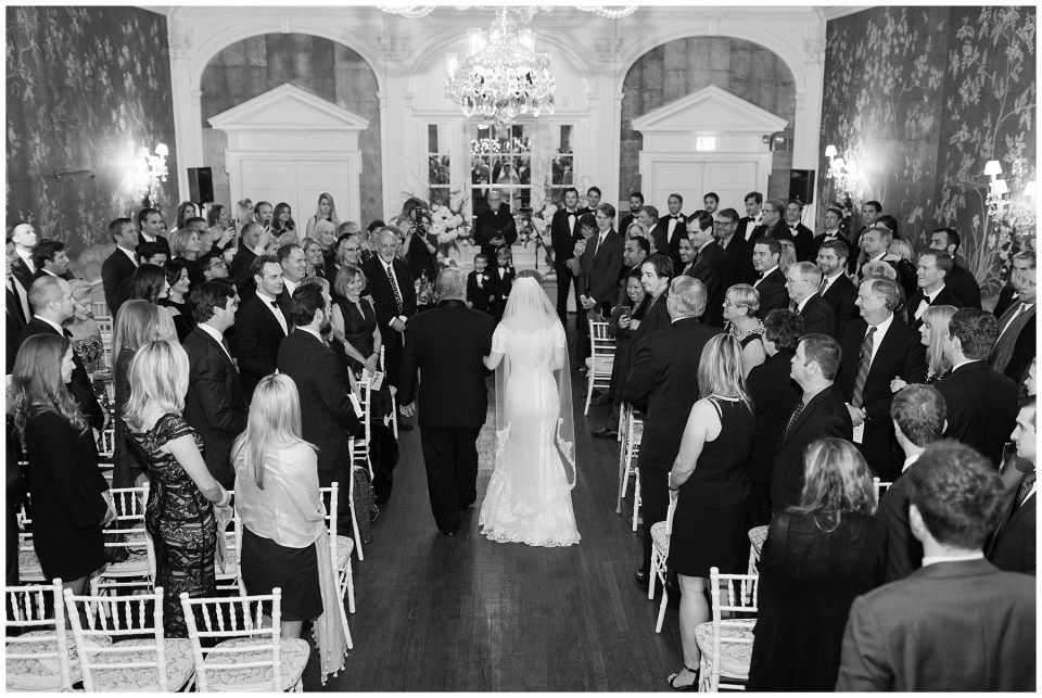 winter-georgetown-wedding-photographer-city-tavern-club-wedding-photos-41.jpg