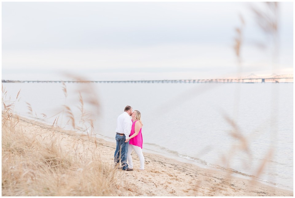 terrapin-park-maryland-beach-engagement-photos-25_photos.jpg