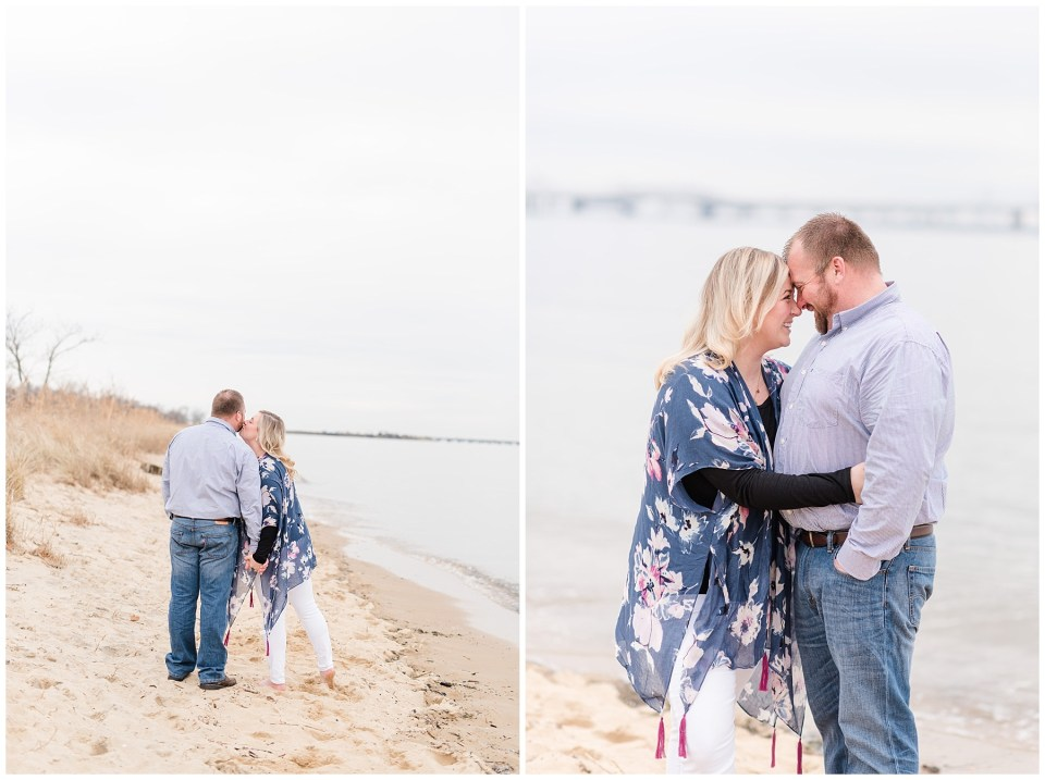 terrapin-park-maryland-beach-engagement-photos-4_photos.jpg