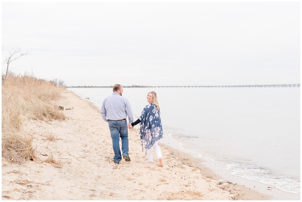chesapeake-bay-bridge-beach-engagement-photos