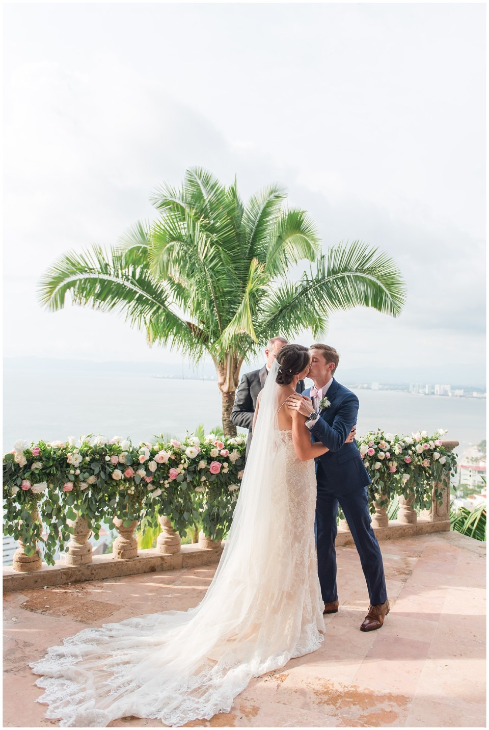 dc-destination-wedding-photographer-puerto-vallarta-mexico-wedding-photo-68_photos.jpg