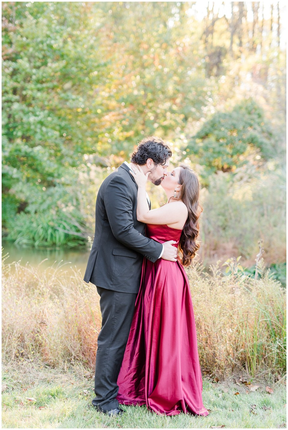 meadowlark-botanical-gardens-vienna-virginia-engagement-photos-8_photos.jpg