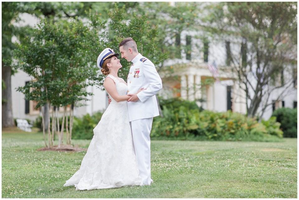 rust-manor-house-wedding-photo