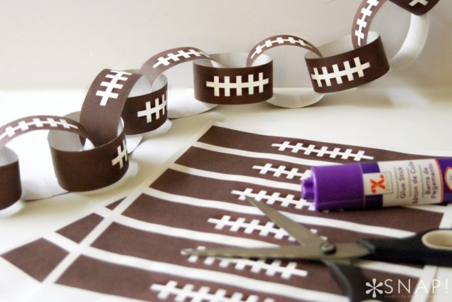 Football paper chain for Superbowl